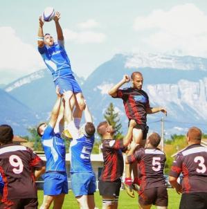Rugby : le leader échirollois chez son dauphin