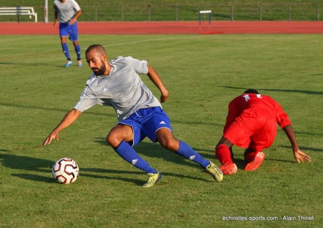 Kiki Hamidèche (FC Échirolles) : «Ne pas brûler les étapes»