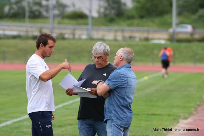 Le FC Echirolles reçoit Rhône Vallées à Thénard